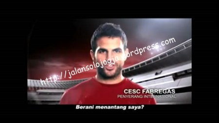 blooper biskuat laskar fabregas